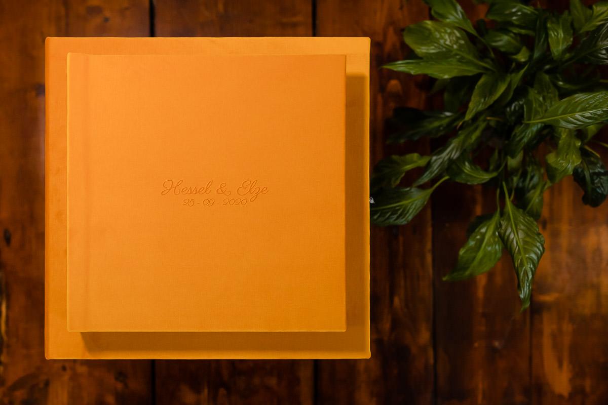 Luxe trouwalbum in een okergeel kleur