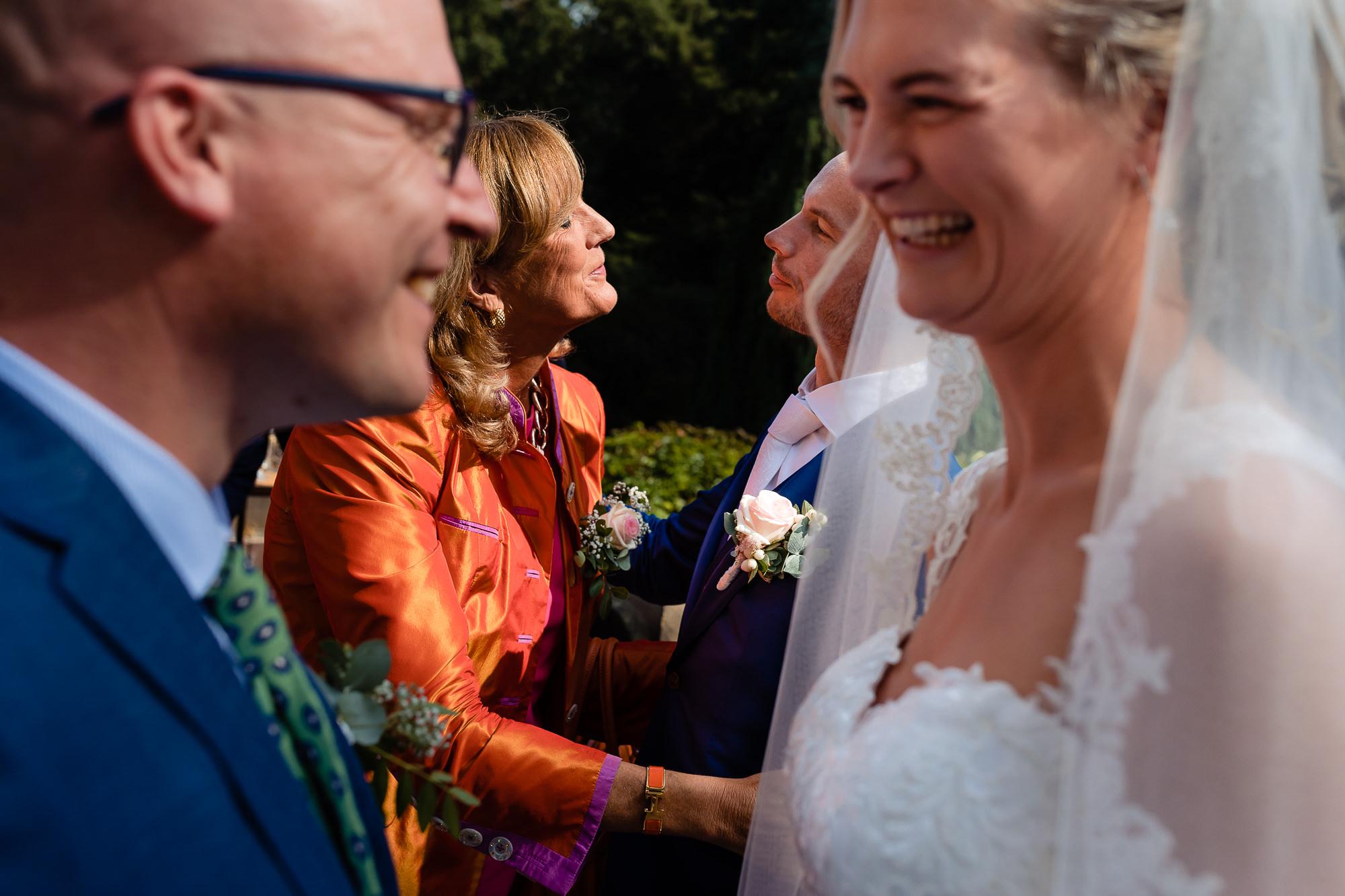 Felicitaties na de ceremonie
