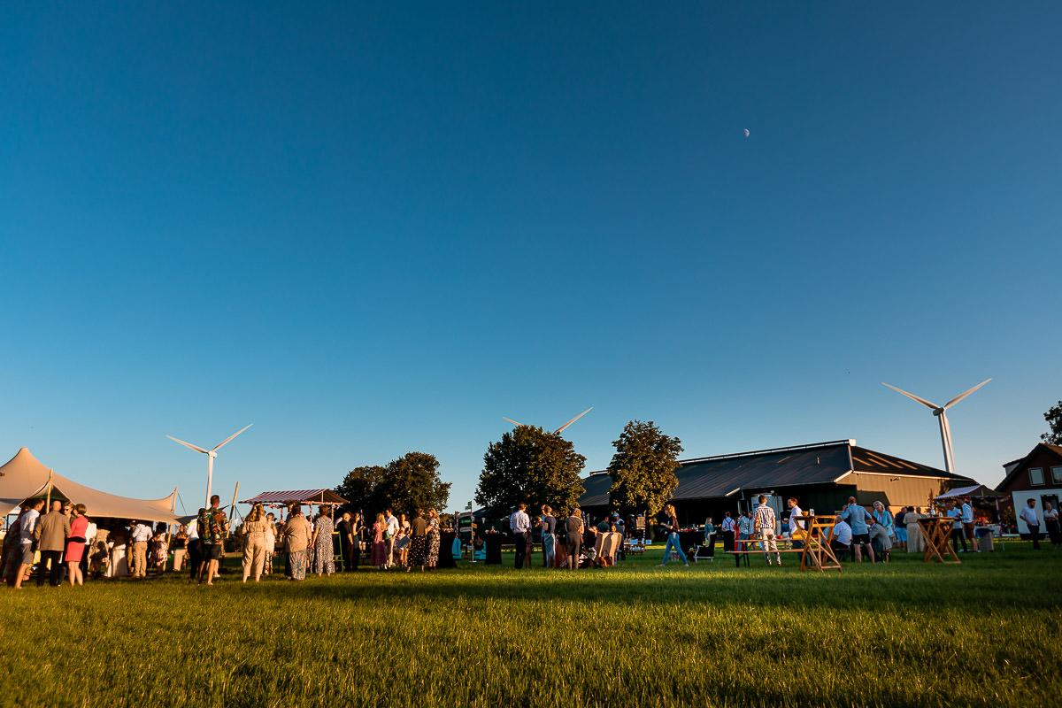 Uitzicht op het bruiloft festival terrein